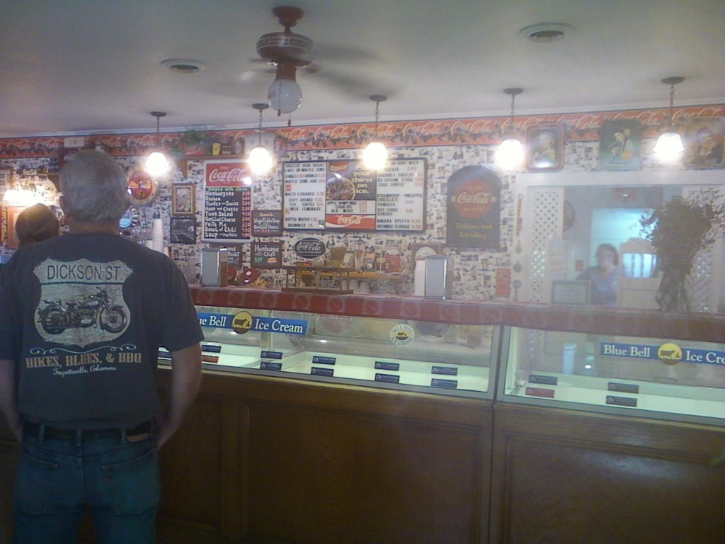 It not a great photo, but this is one I took inside the diner on my one and only visit.