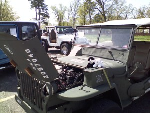 One of the jeeps there looked like an old army jeep, but the owner said not a single part on it probably ever saw action. Ah well.